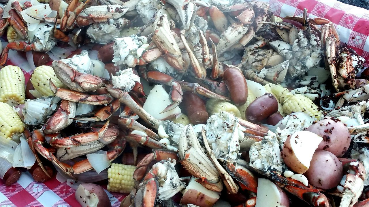 crab boil on the beach Crab Beach Life Island Life Orcas Island San Juan Islands Dungeness Crab Cooking Food With Friends