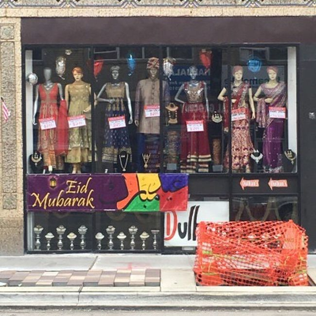 The Color Of Business Sari Rogers Park Chicago Illinois Indian