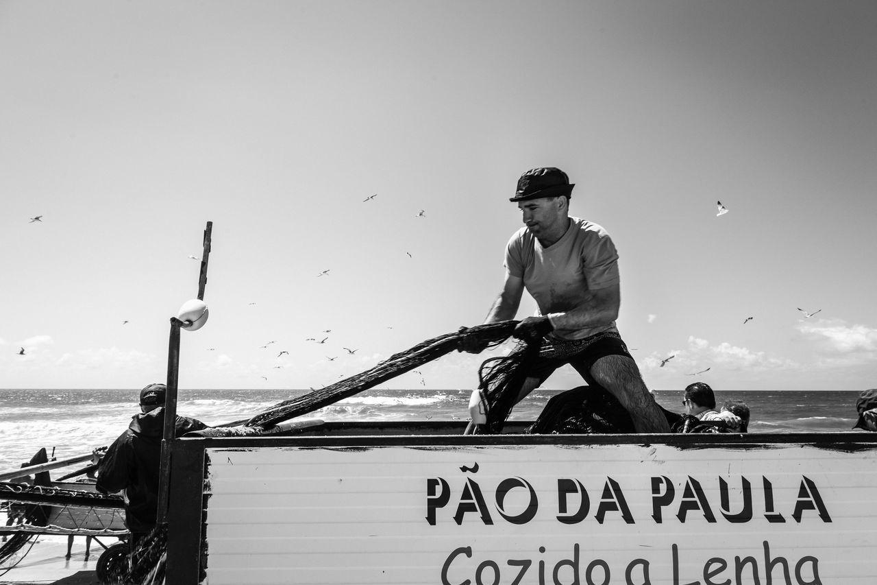 Fischerei in Vieira de Leira in Portugal. Atlantic Ocean Atlantik Beach Beach Life Beachphotography Brandung Coast Fischerboot Fischerei Fishing Fishing Time Fishing Village Leiria Leiria Portugal Portugal Seafood Vieira Vieiraleiria Wave