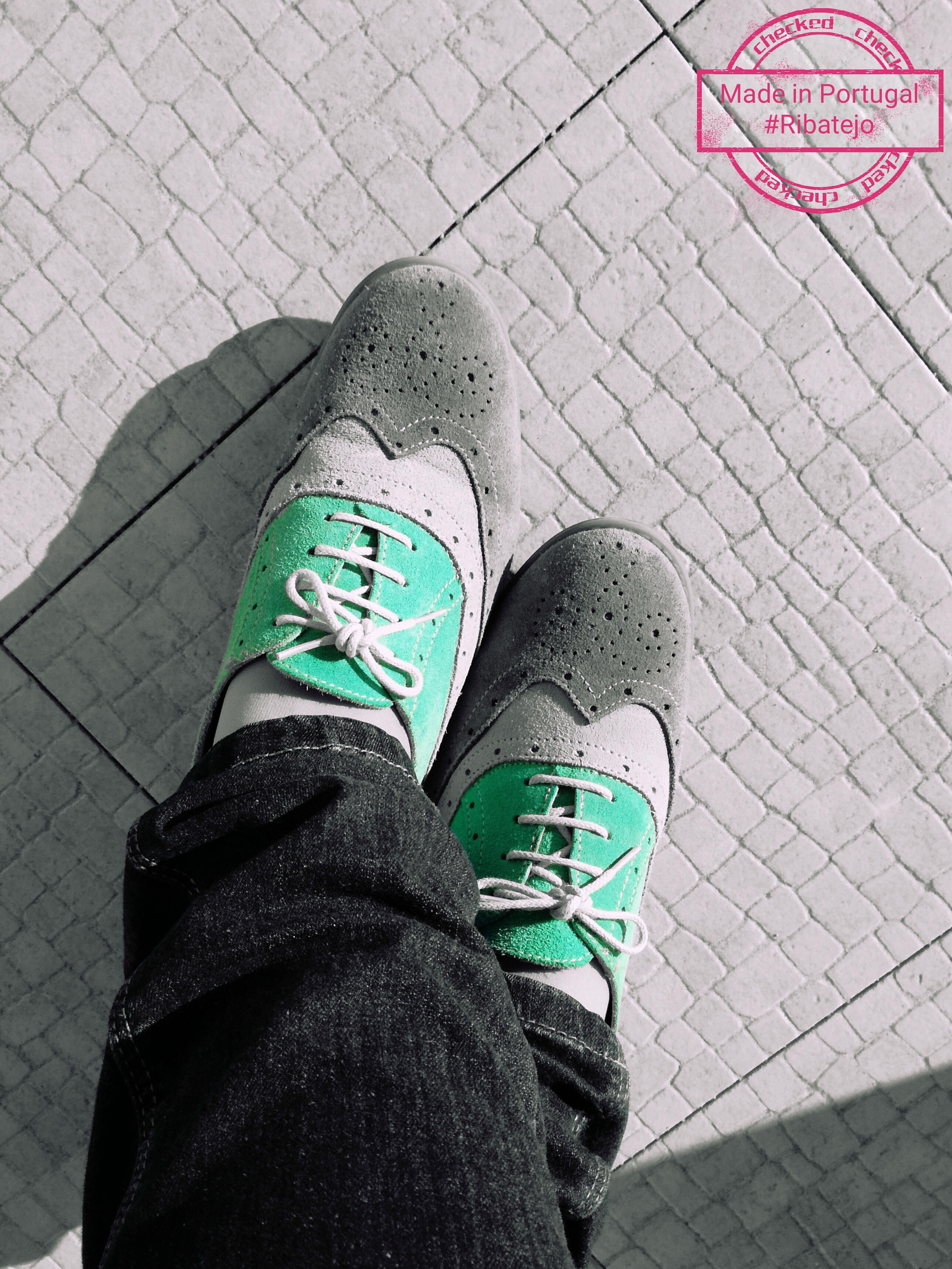 PortugueseShoes Closeup Walking Away FloorTexture SunnyDay Springtime 😊👣🌸☀ Decas2017