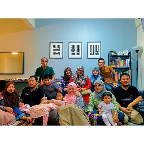 Bbq at peja's.... Friend Family BBQraya HariRaya Openhouse Mentaridesign Nexus5photography