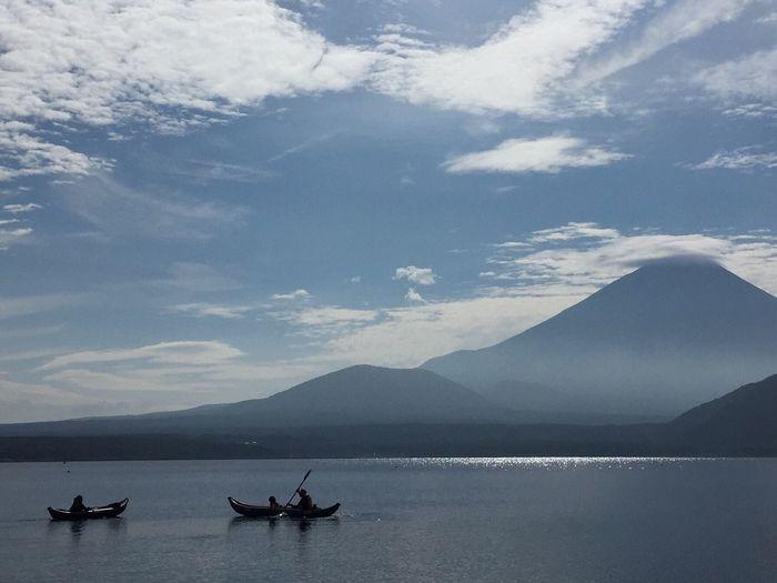 秋のできごと 富士山 Kayak Grabner