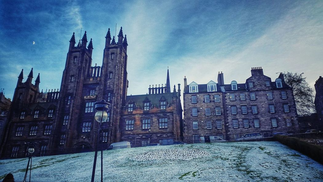 Mobilephotography Cold Walking Around Edinburgh Old Buildings