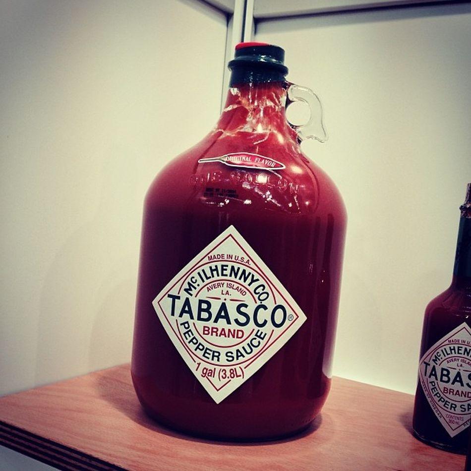 Hier bin ich richtig. #Tabasco galore... #INTERGASTRA Gallone Stuttgart Show Messe Tabasco Gallon Messestuttgart Tradefair Intergastra Gelatissimo Develey
