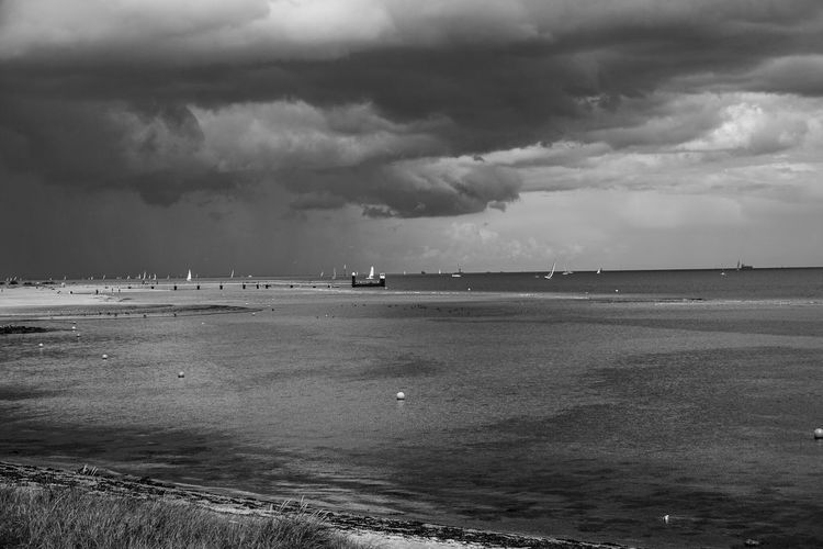 Sea Sea And Sky Sky And Clouds Seaside Beach Black & White Black And White Blackandwhite