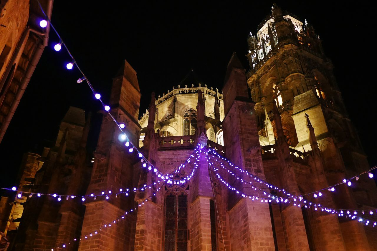 Place Emma Calvet Cathédrale De Rodez Night Nightphotography Illuminated Christmas Christmas Lights Christmas Decoration Architecture Aveyron Cathedral Church Street Photography Streetphotography City Architecture Tourism Travel Destinations Rodez Christmas Decorations Christmas Lights Cityscapes City Life Street No Filter Religious