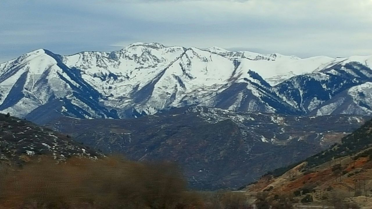 mountain, snow, cold temperature, mountain range, scenics, snowcapped mountain, nature, beauty in nature, winter, landscape, weather, tranquility, tranquil scene, no people, day, outdoors, sky, ice, wilderness area, scenery, range