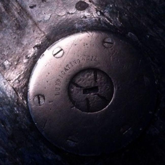 Metal Lubricant Circle Cap