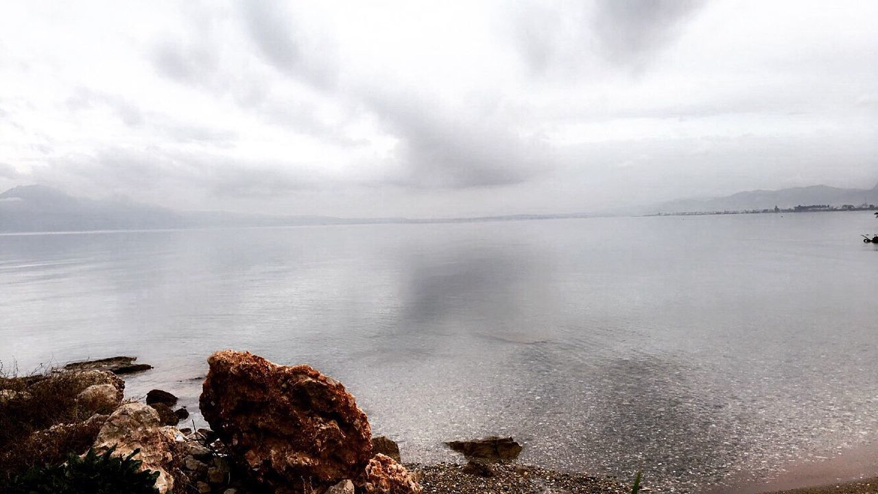 water, nature, sea, beauty in nature, tranquility, sky, scenics, no people, day, tranquil scene, cloud - sky, outdoors, horizon over water