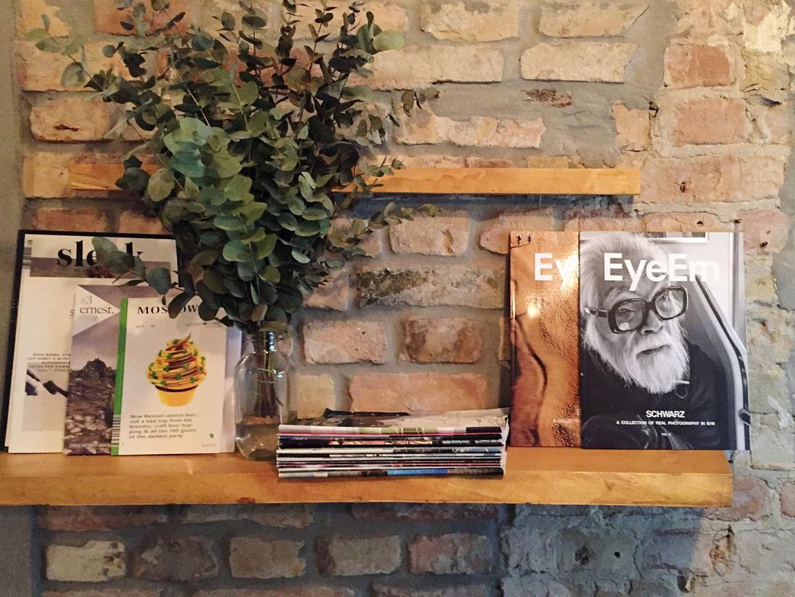 Provide some photography to the caffeine dealer. Local Coffee Shop  Yay Photography Magazines Interior Decorating EyeEm Magazine Schwarz