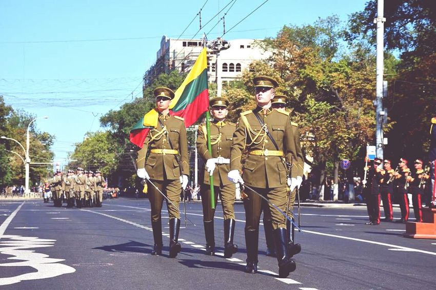 Lituanian Soliders Celebration Solider Salutes Independence Day Republic Of Moldova Parade Parade Time