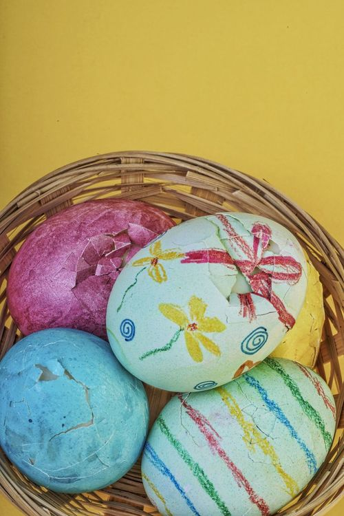 Color Holiday Greetings Template Blue Card Green Pink Yellow Colors Decorated Colorful Egg Easteregg Easter Eggs Easter Nobody Copy Space Broken