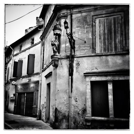 St. Remy de Pce by night ... Blackandwhite Provence