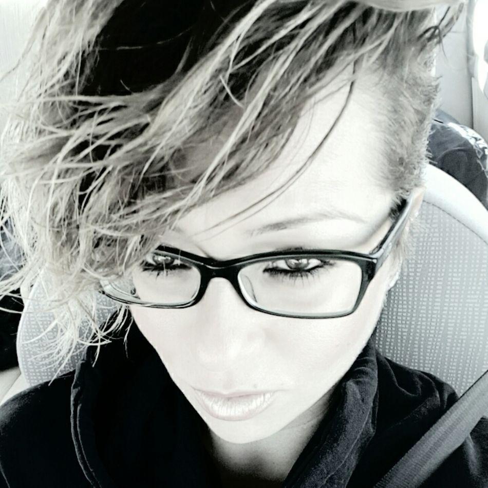 💙💙💙 Bnwportrait Bnw EyeEm Helloworld Hi Blonde Hair Thatsme ❤️ Style ✌ One Woman Only OpenEdit ThatsMe Believe Happiness Today's Hot Look Uglygirl  Illbeok EyeEm Gallery Happines
