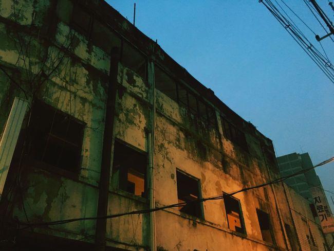 Old-fashioned Old But Awesome Oldmarket Ruined Seoul, Korea