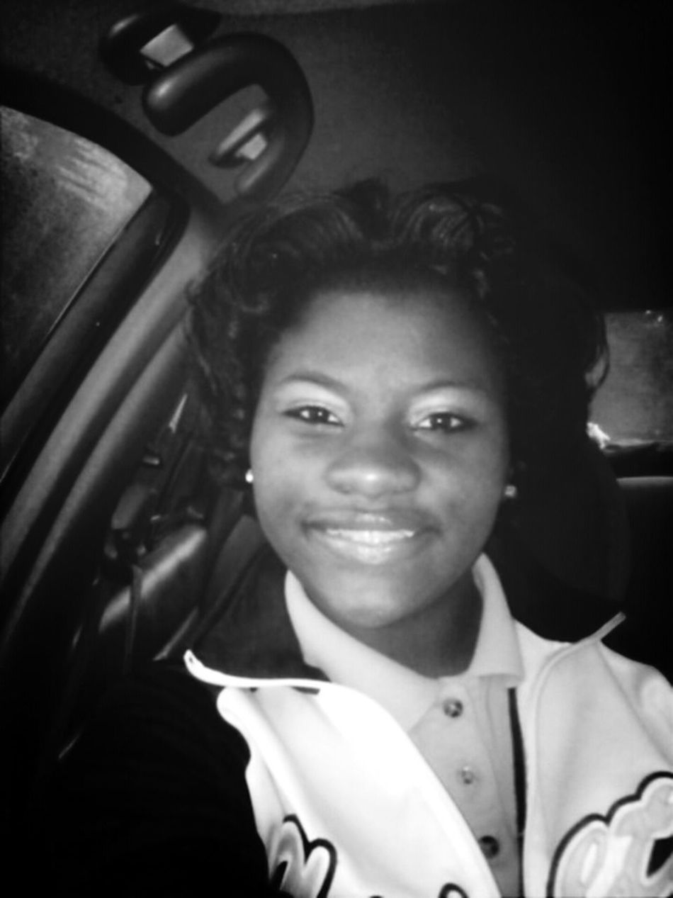 Smile Need More Followers!!!! @_yoAMObailo Like My Pictures