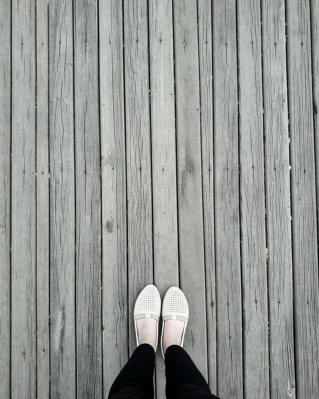 Wood - Material Human Leg Lifestyles Women Only Women Human Body Part Foot Following Followme Takipedin Takip NİSAN April Türkiye Turkey Göksu Park Ankara Eryaman Wood