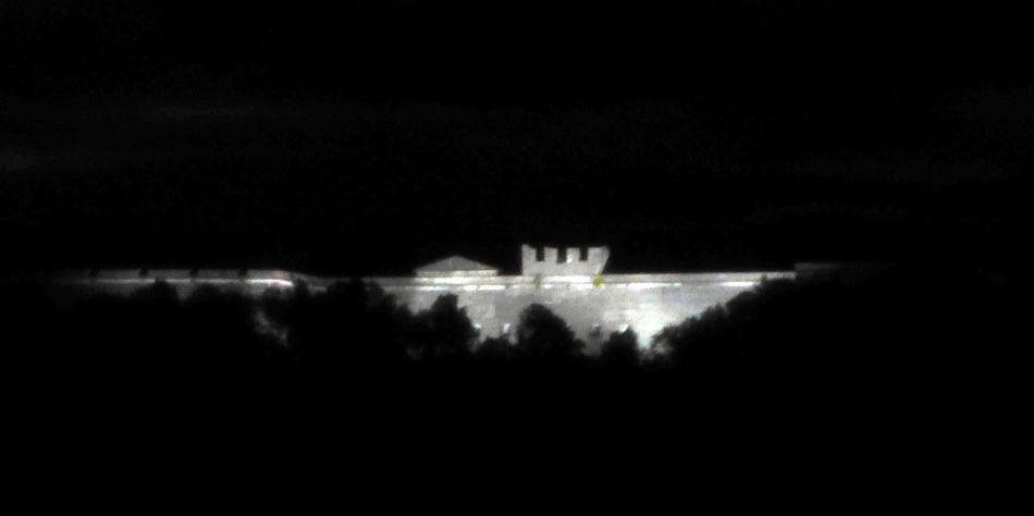 Festung nachts beleuchtet Dark Darkroom Illuminated Night Outline Reflection Sky Tranquility