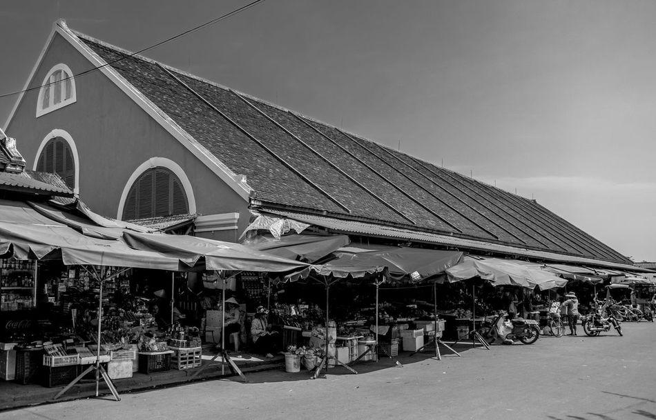 Covered Market, Hoi An, Vietnam Outdoors Hoi An Vietnam FUJIFILM X-T2 Street Monochrome Monochrome Photography Black And White Market