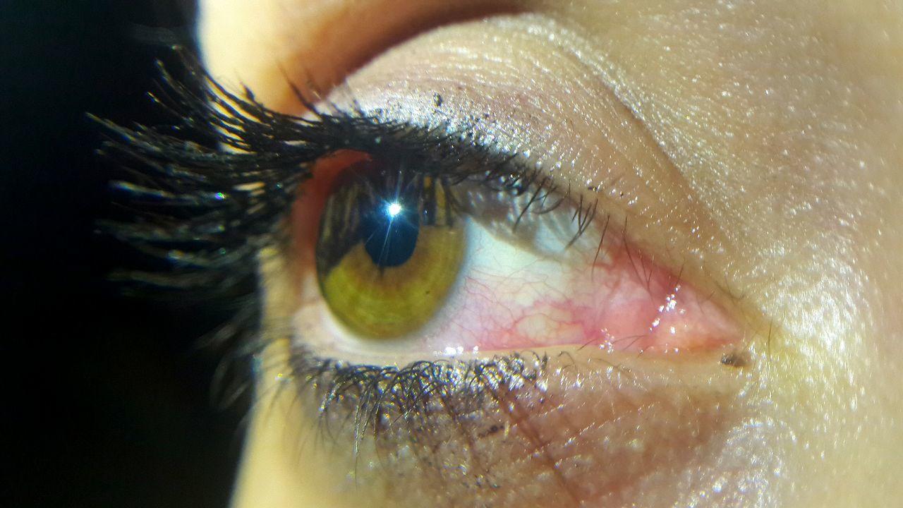 Eye Eyes Green Art ArtWork Dark Darkness Sleep Night Eyemphotography Eyem Best Shots Eyem Gallery Hanging Out Check This Out Hello World Relaxing Hi! Fotografie Fotodroid Enjoying Life Cheese! That's Me Taking Photos Fotodroiding Blackwhite