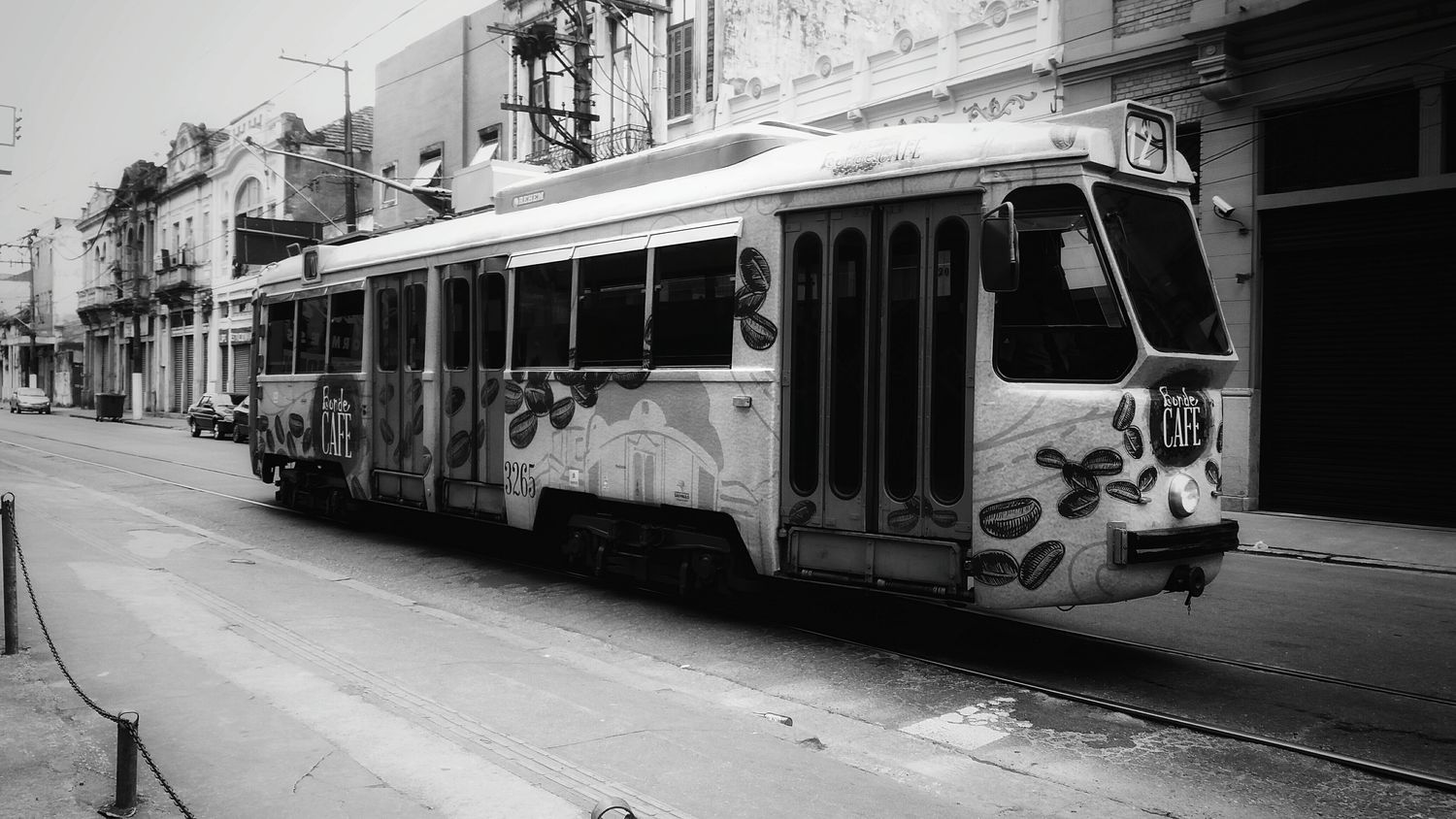 Tram Public Transportation Mode Of Transport Black And White Photography Walking Around The City  Monochrome _ Collection Bnw_friday_eyeemchallenge Darkness And Light Monochrome Photography B&w Photography Bnw_collection Blackandwhite Photography City Black And White Collection  Antiquecollection Old Buildings Old Center Transportation Streetphoto_bw Streetphotography
