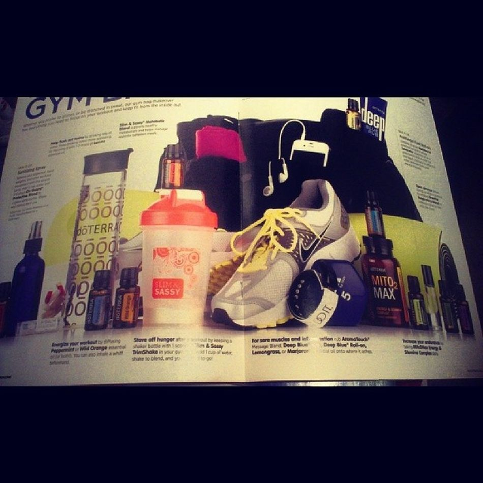 Leave it to me to want to buy everything in this pic. Nike Essentialoils Makeovermygymbag Fatkidatheart