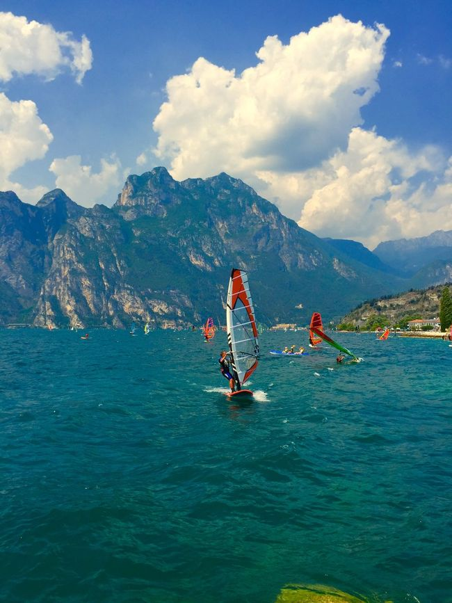 Hanging Out Enjoying Life Fresh Air Surfing Windsurfing Great Atmosphere Quality Time Enjoying The Sun Water Hello World