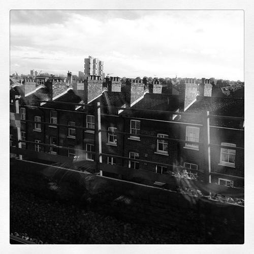 Viewsfromatrain London House Terrace train