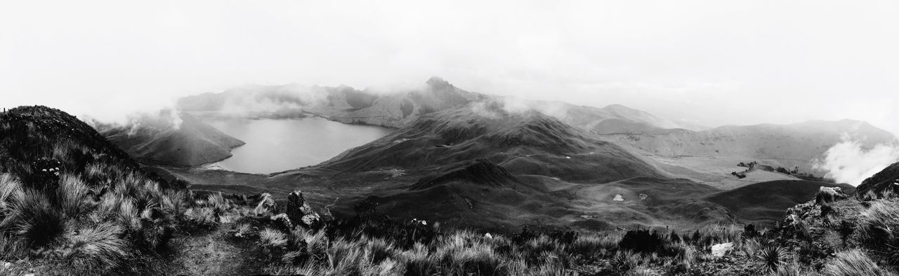 The Valley Hanging Out Hello World Taking Photos Enjoying Life Blackandwhite Spring Highlands Ecuador Nature WeatherPro: Your Perfect Weather Shot The Tourist Trees February