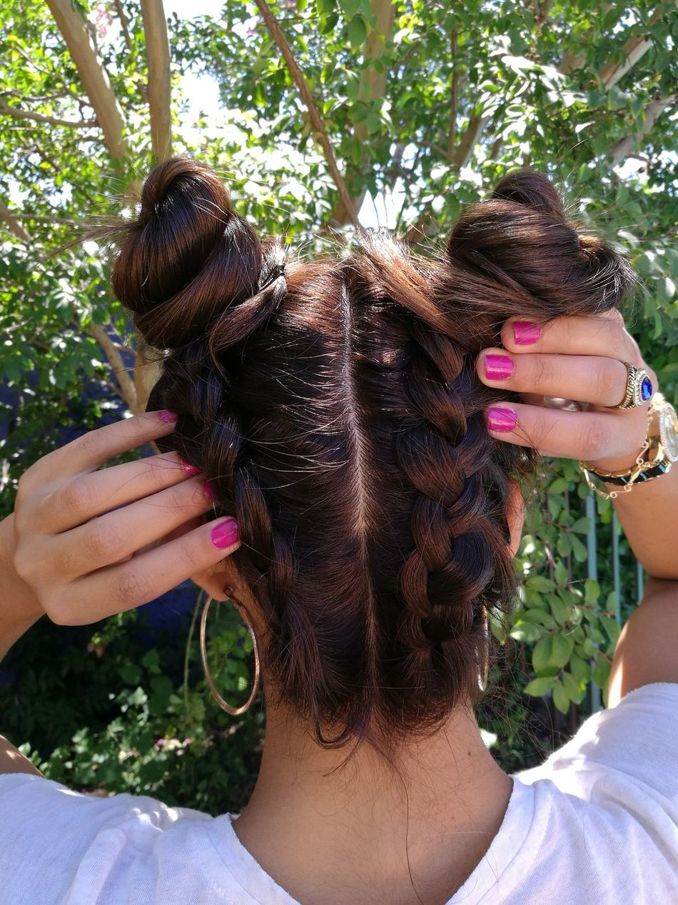 Peinado del dia 😍 Beauty Close-up Human Body Part People Only Women Day Hairstyle Hairstylist Hairstyles Hairfashion Trenzas❤️ Trenza Time Trenza Maria Makeup ♥ Makeupartist First Eyeem Photo