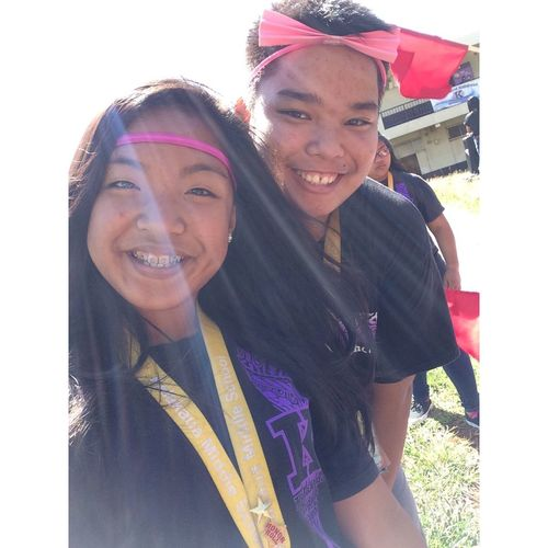Because she's been my best friend since forever and we looked cutez today, with my bow and her band 💗 ColorWarMonday