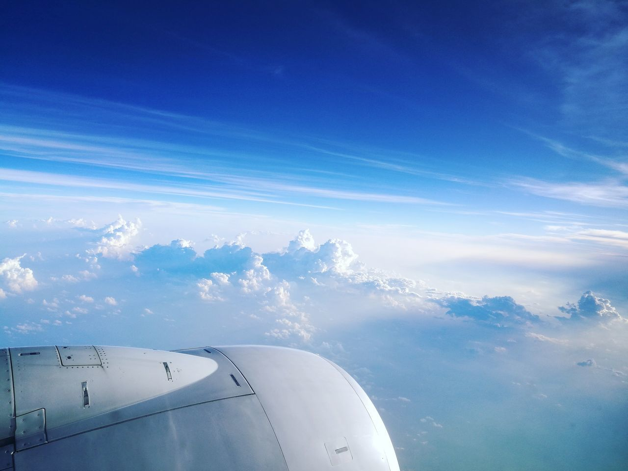 Cotton candy... Cottoncandyclouds Cottonclouds Cloudporn Skyporn Blue Sky Horizon Wingshot Turbine InTheSky Above The Clouds Frequentflyer