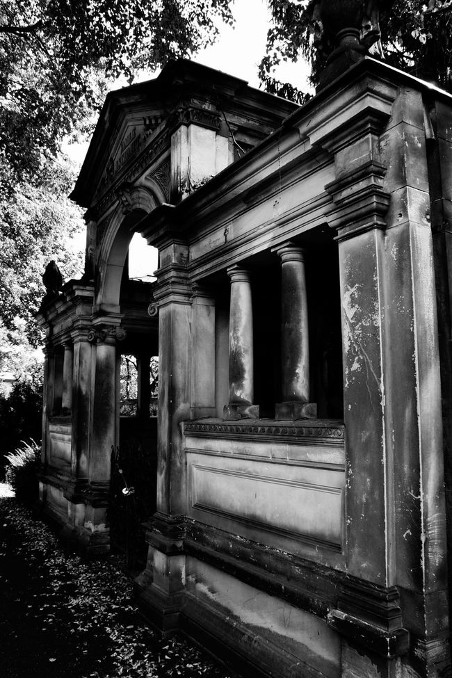 Grave Architectural Column Architecture Berlin Black And White Built Structure Grave Gravestone Graveyard Mausoleum Monochrome Photography Schöneberg Stone Wall Tomb Tombstone War Memorial