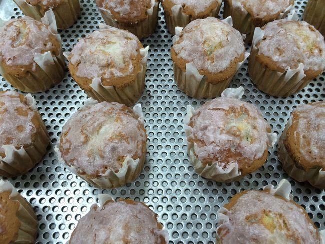 ㅊ작품 Cupcakes Happy