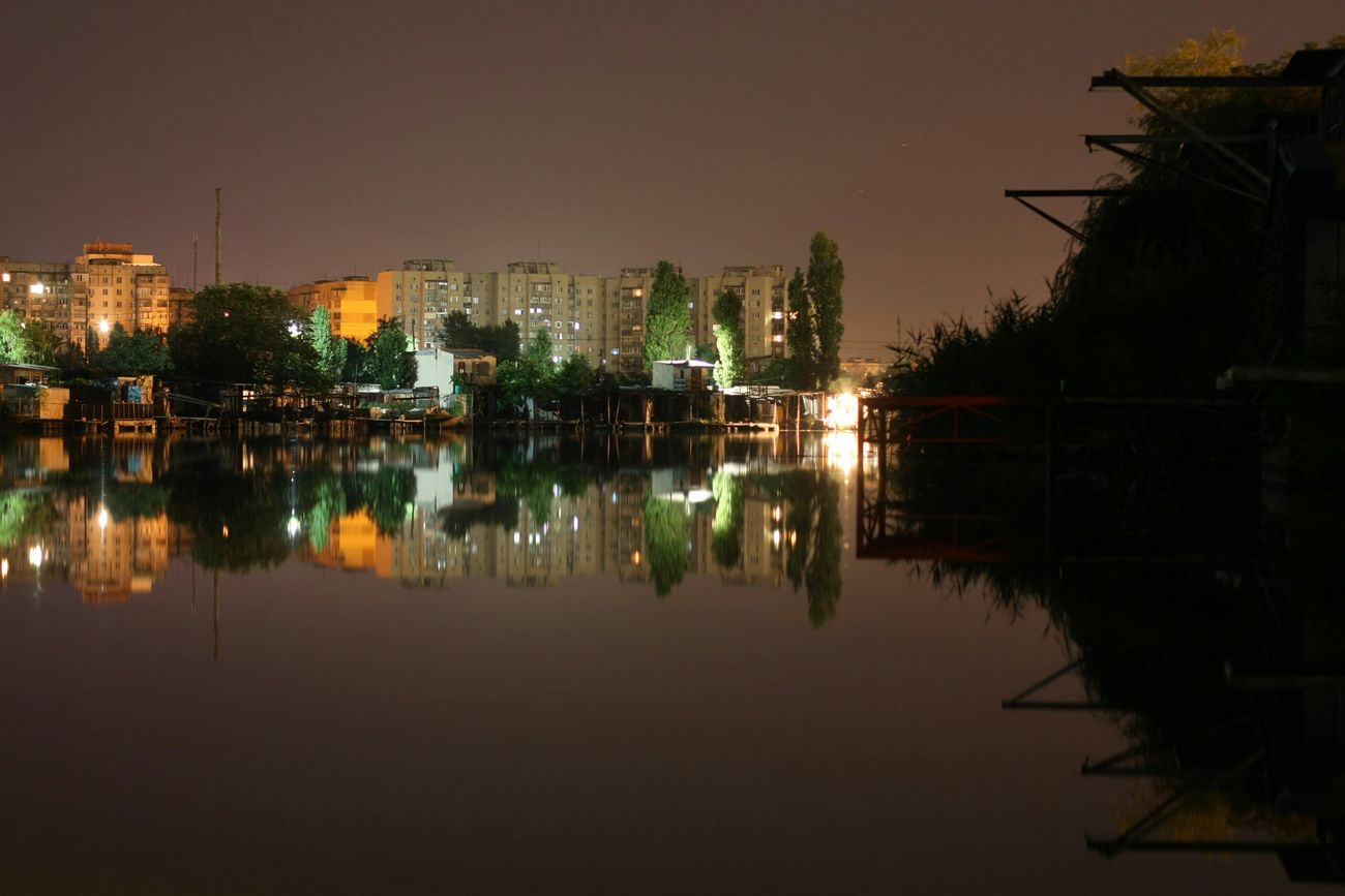 someone really tallented took this picture River Ukraine Mykolaiv Nightphotography Night Lights