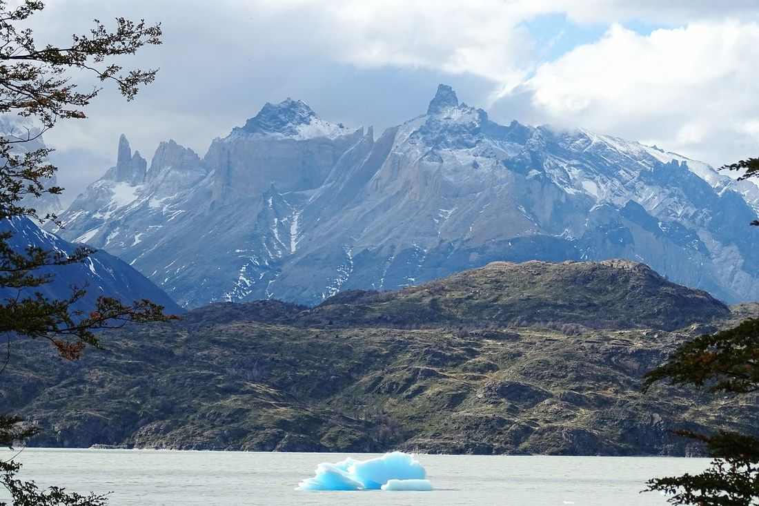 Chile♥ Snow Mountain Tranquil Scene Winter Cold Temperature Scenics Tree Tranquility Travel Destinations Mountain Range Tourism Season  Beauty In Nature Non-urban Scene Nature Snowcapped Mountain Vacations Majestic Tourist Water The Great Outdoors - 2017 EyeEm Awards