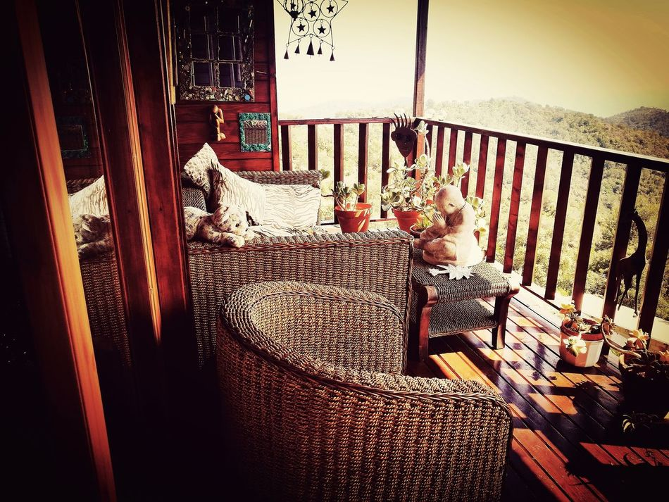 No People Day Relax Breathing Fresh Air Balcones Con Encanto Decoracion Relaxing Time Buda Sofa