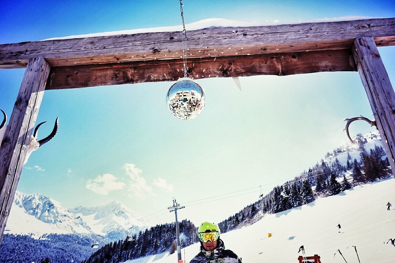 Hanging Out Taking Photos Glitter Balls Discokugel Discoball Inthesnow Enjoying Life Skiingislife Snow ❄ Winter_collection Lenzerheide Chilihütte Switzerland Enjoying Life Wintersaison Mountain Alpine Alpha6000 Skiing Sunshine Sport The Great Outdoors - 2016 EyeEm Awards