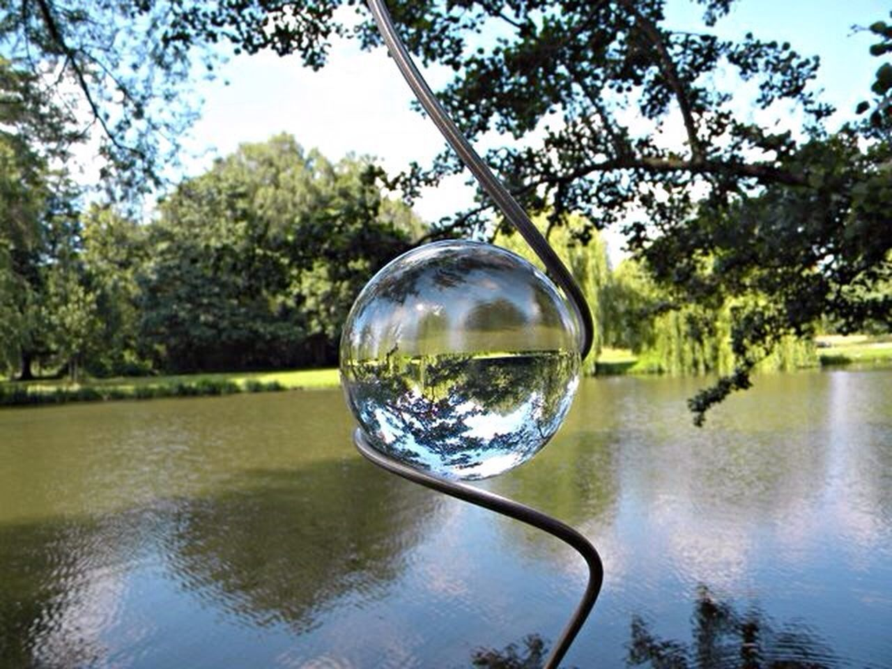 Herrenhäuser Gärten Hannover Lake View Lake Glasball Glass Art Upside Down