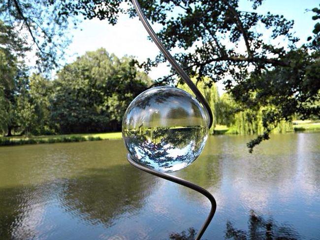 Herrenhäuser Gärten Hannover Lake View Lake Glasball Glass Art Upside Down