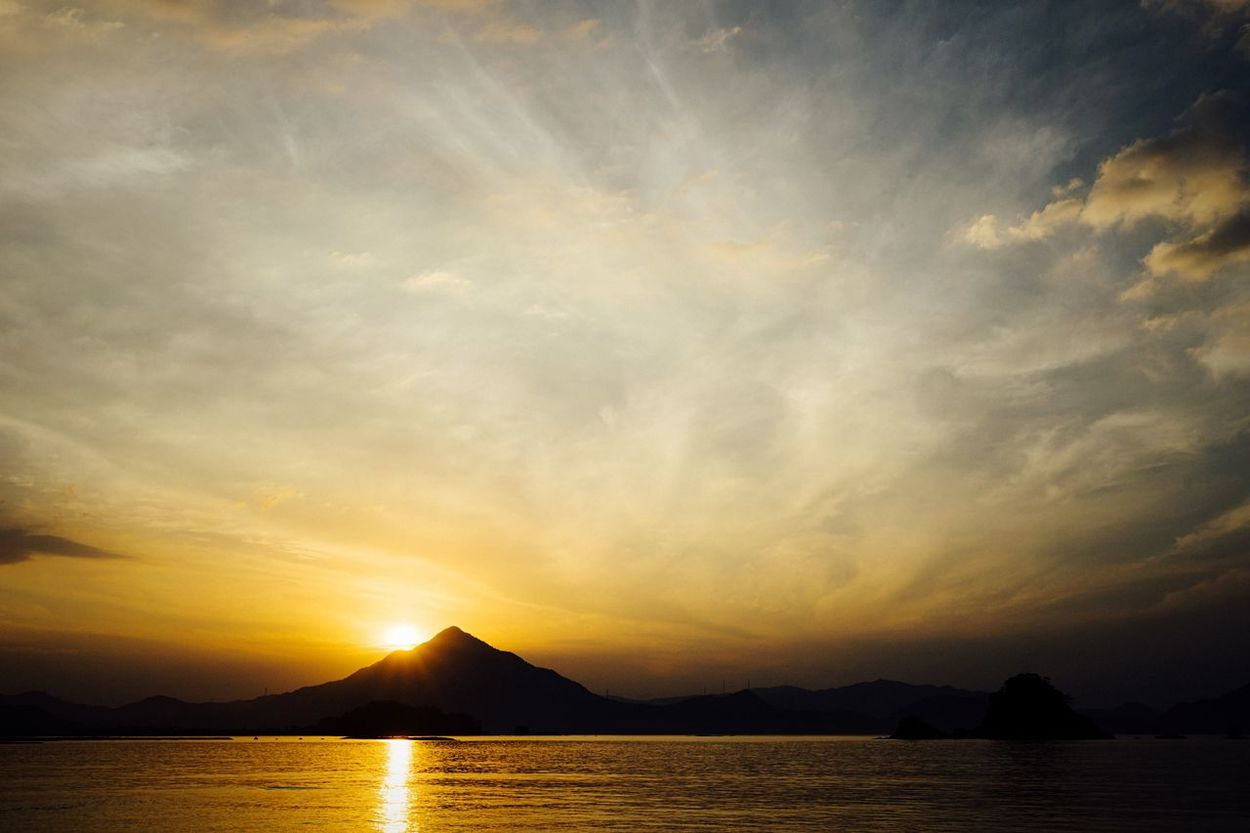 Mountain Silhouette Time Is Running Out Sunset Silhouettes Evening Sky Silky Clouds Clouds And Sky Sunset Water Reflections Beauty In Nature Japan Sea Silhouette Landscape September September 2016 Japan Photography EyeEm Best Shots - Sunsets + Sunrise EyeEm Best Shots - Landscape Travel Golden Hour