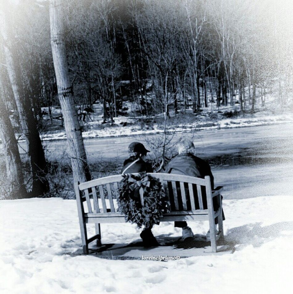 Foto_blackandwhite Bnw_mania__ Bnwphotography Bnw_mystery Show_us_bnw Trb_bnw Winter Outdoors Cold Temperature Older Couple truelove