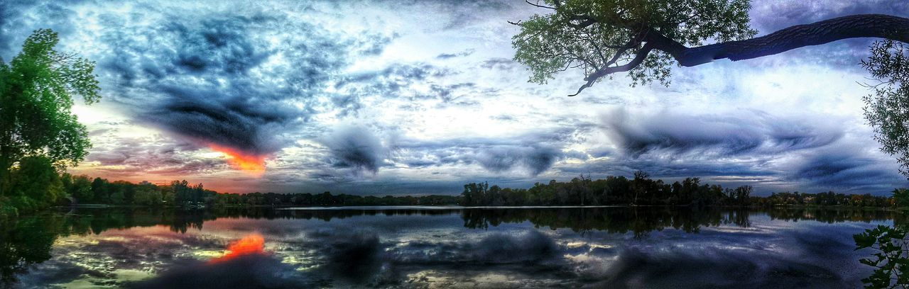 Amazing Sunset Lake Of The Isles City Of Lakes Urban Landscape Sky And Clouds Urban Photography Urbanphotography Urban Nature Urbanscape Minneapolis