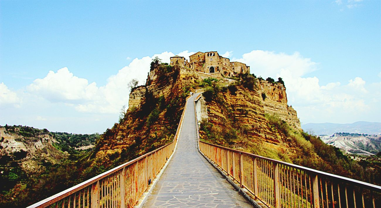 Bagnoregio Civitadibagnoregio View Pointofview Amazing View Italy Love Day Morning Sky Clouds