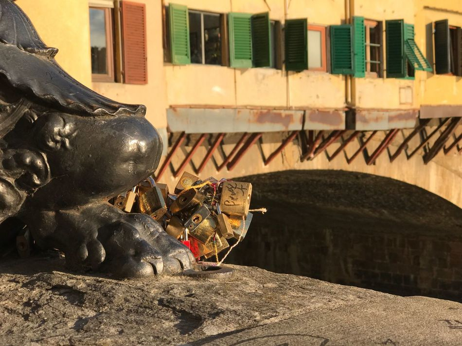 Ponte Vecchio Architecture Built Structure Building Exterior Statue Art And Craft Sculpture Outdoors No People History Day Windows City Bridge - Man Made Structure Lock Love Lock Hanging Padlock City Close-up