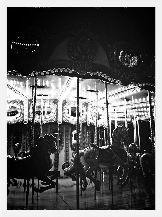 Caballitos Feria Carousel
