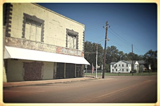Ghost Town Mississippi  South Heart Enjoy The Silence No People Ancient Town On The Road Highway51 Roadtrip
