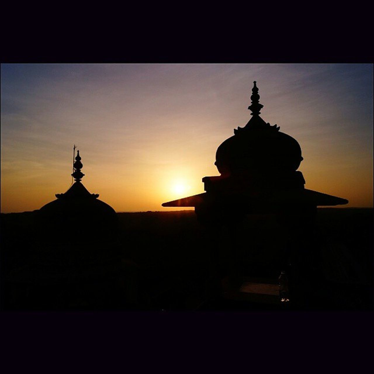 The mesmerizing sunset at the most well known palace. VijayVilasPalace Sunset Noedit Nofilter Mesmerized Wowshot