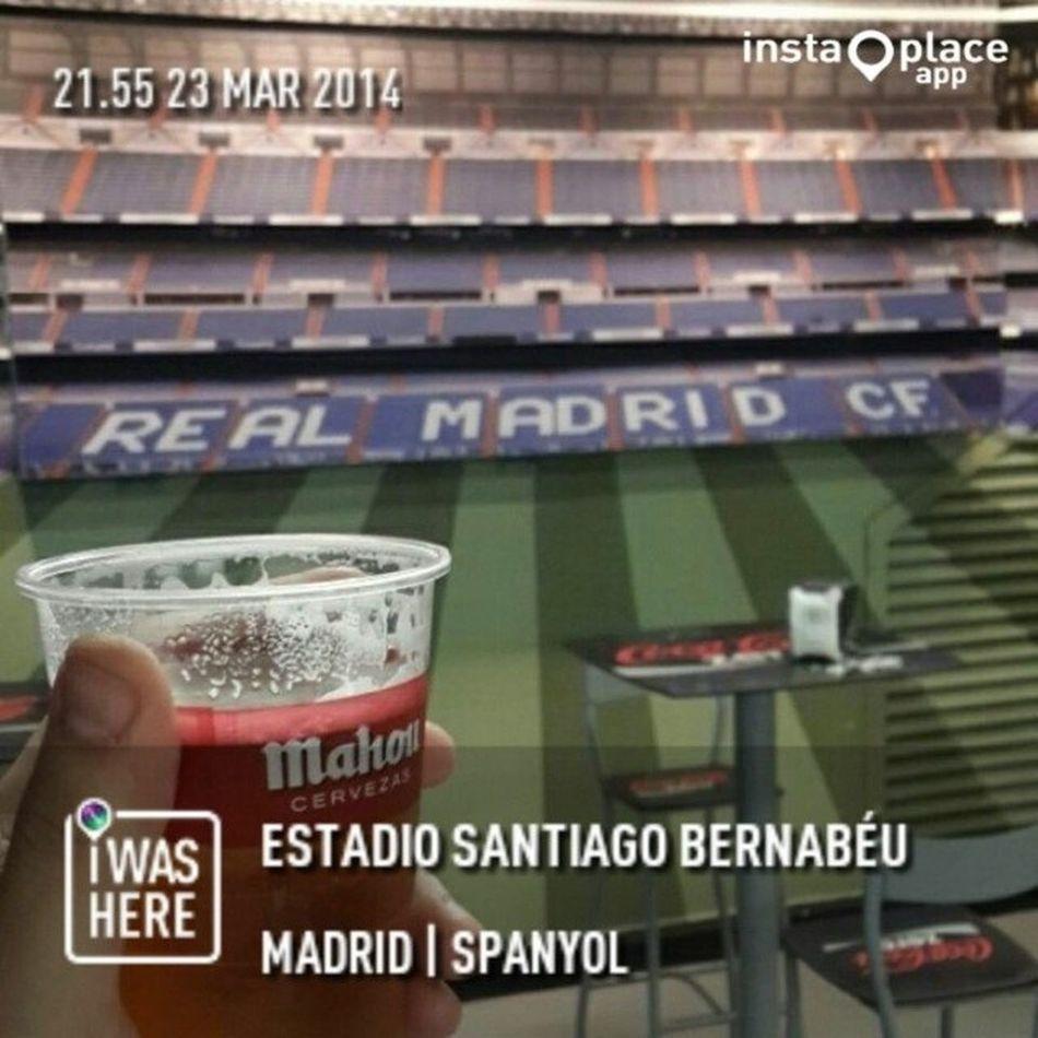 Cooling Down After Big Match :-) Softdrink Realmadrid Elclassico Bigmatch RedCard SergioRamos HalaMadrid Madrid Spain