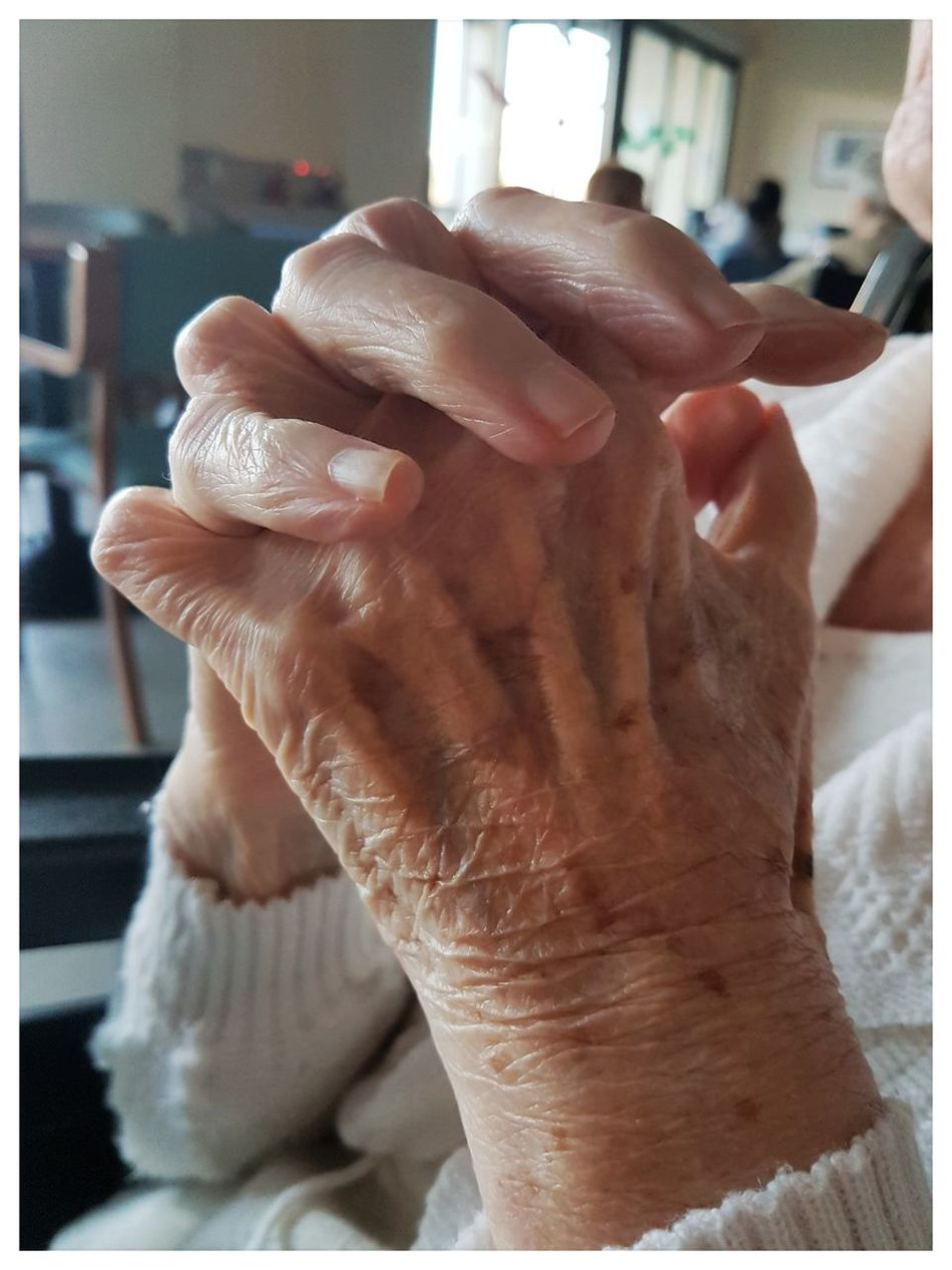 Hands Hands In Frame Grandmother Grandma Lovely Love Worker Hardworkerwoman Foreverlove Pictureoftheday Real People Human Finger Human Body Part People Human Hand Life Beautiful Caregiver Italy Heart People Of EyeEm EyeEmNewHere EyeEm Best Shots - People + Portrait EyeEmNowHere